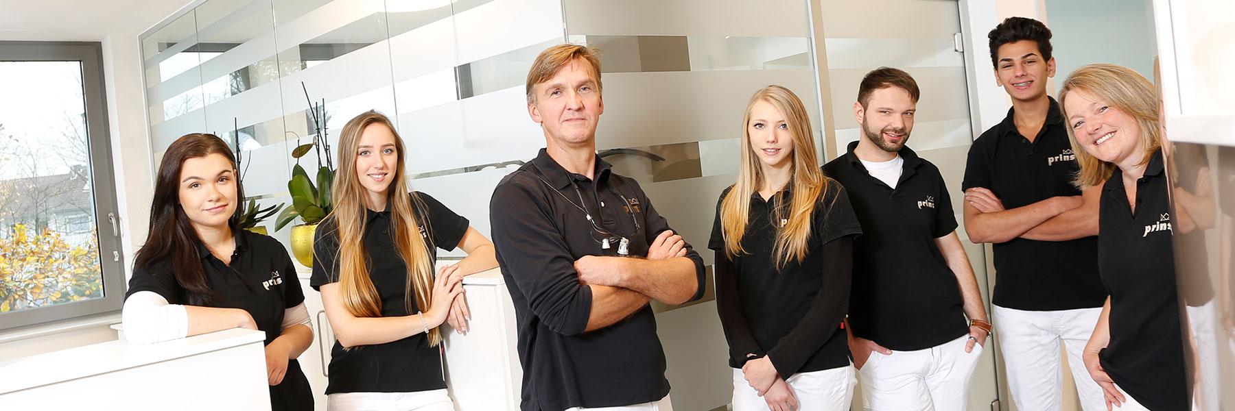 Ihr Team von Zahnarzt Langenhagen – Uwe Prins und seine Mitarbeiter